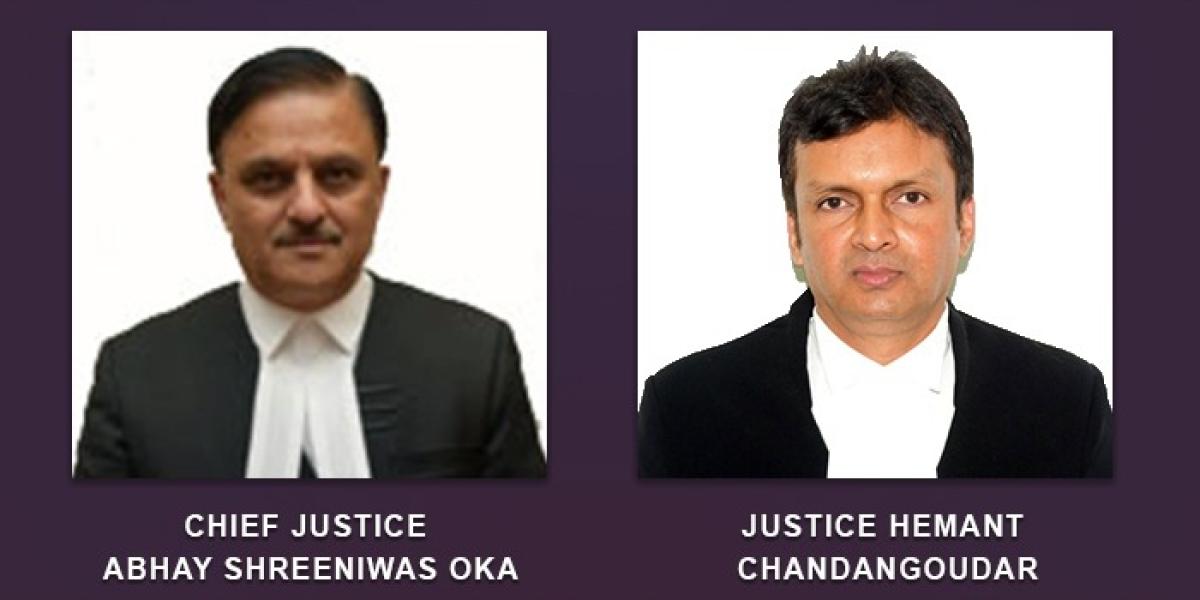 Chief Justice Abhay Shreeniwas Oka and Justice Hemant Chandangoudar