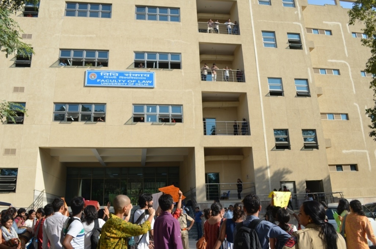 Student protests at Law Centre-1, Faculty of Law, DU