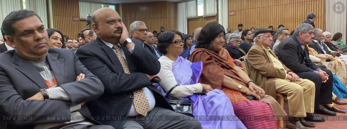 Several Judges of the Supreme Court attended the event. In the picture are Justices  Sanjiv Khanna, Mohan Shantanagoudar, Indu Malhotra, Indira Banerjee, SK Kaul, MR Shah along with Former AG Soli Sorabjee
