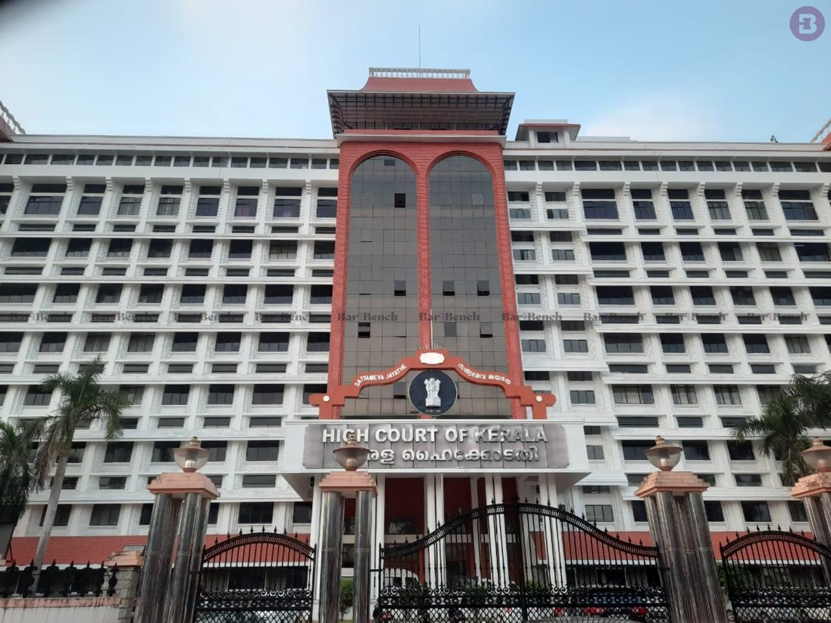 Deep sense of exasperation, a tinge of disgust: Kerala HC slaps Rs 50k costs for plea seeking online alcohol sale amidst COVID-19 outbreak
