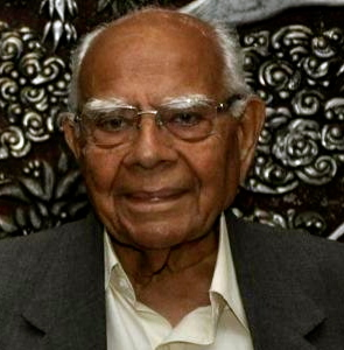 """""""I may be a sinner in many other ways but I have sinned with a clean conscience"""" – Ram Jethmalani"""