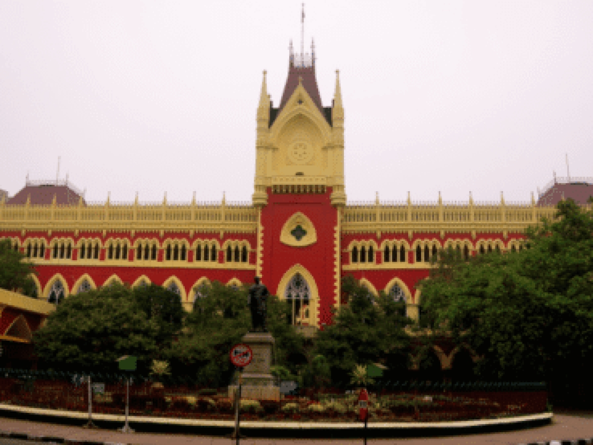 [Coronavirus] Calcutta HC requests tax authorities to refrain from distributing petitioner's seized jewellery in view of the pandemic