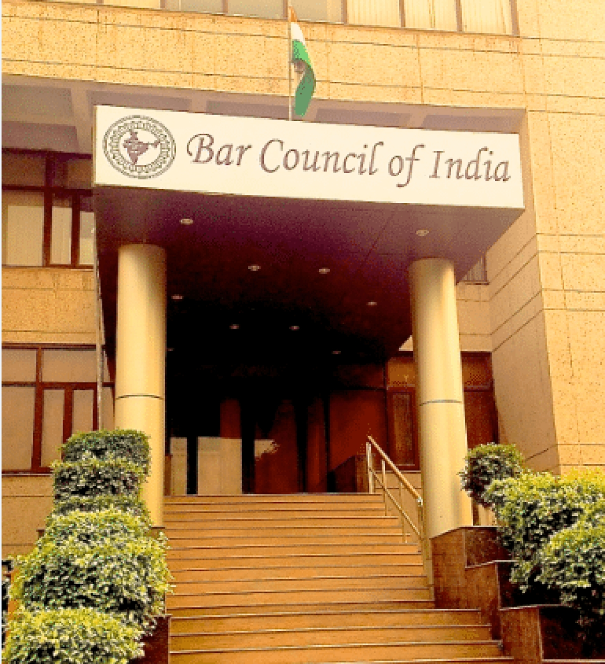 Supreme Court stays HC proceedings in Certificate of Practice Rules challenge