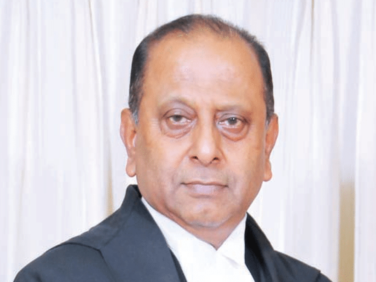 Supreme Court judges should not project a fractured face, Justice Amitava Roy