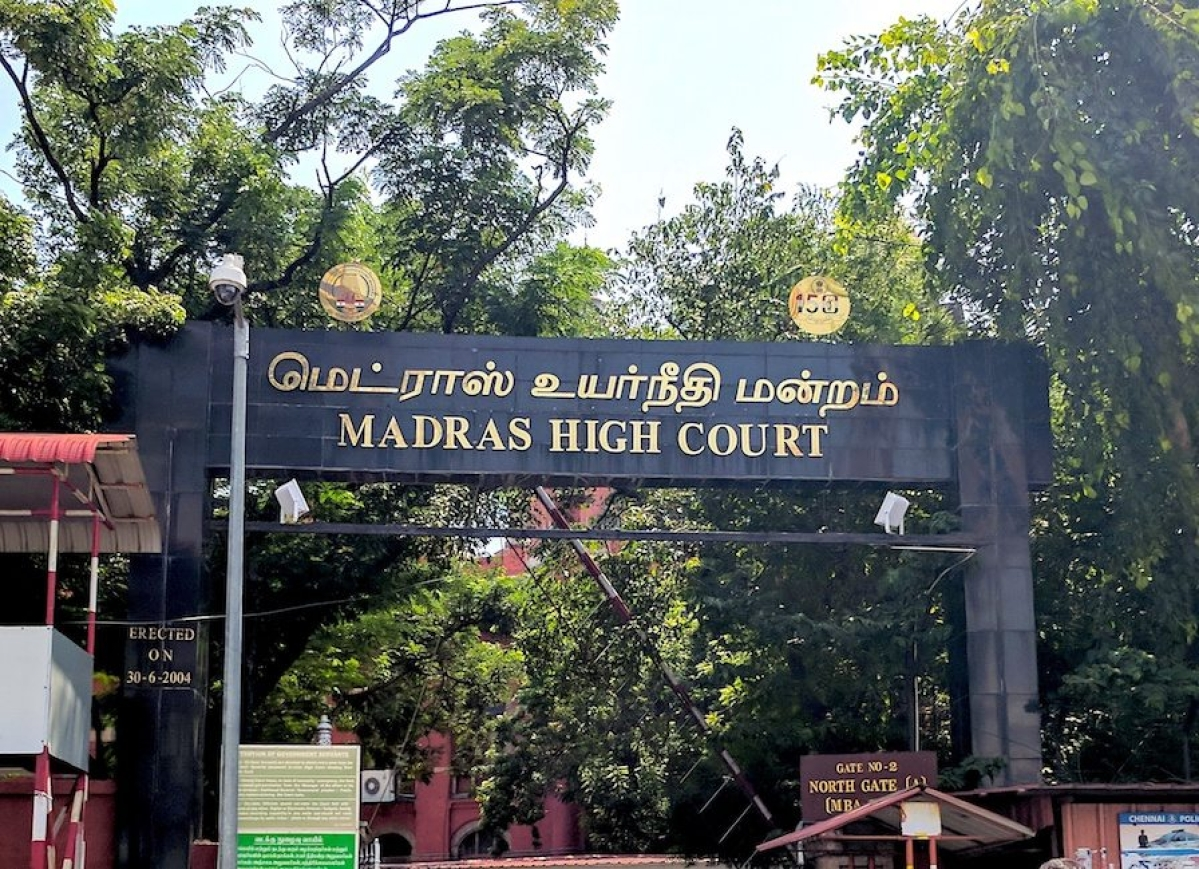 Madras HC stays CCI regulation restricting Advocates' interaction with clients during DG investigation