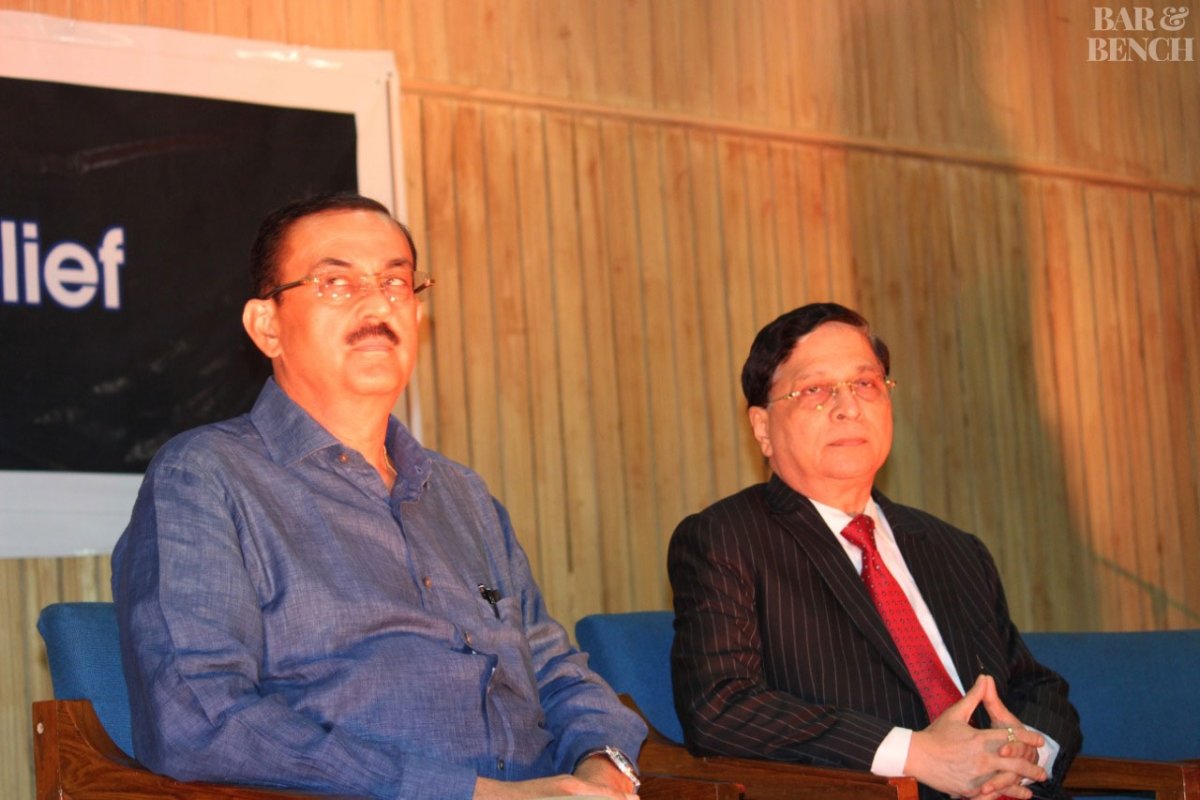 Senior Advocate Vikas Singh (pictured left) has called upon the SCBA to react to the incident