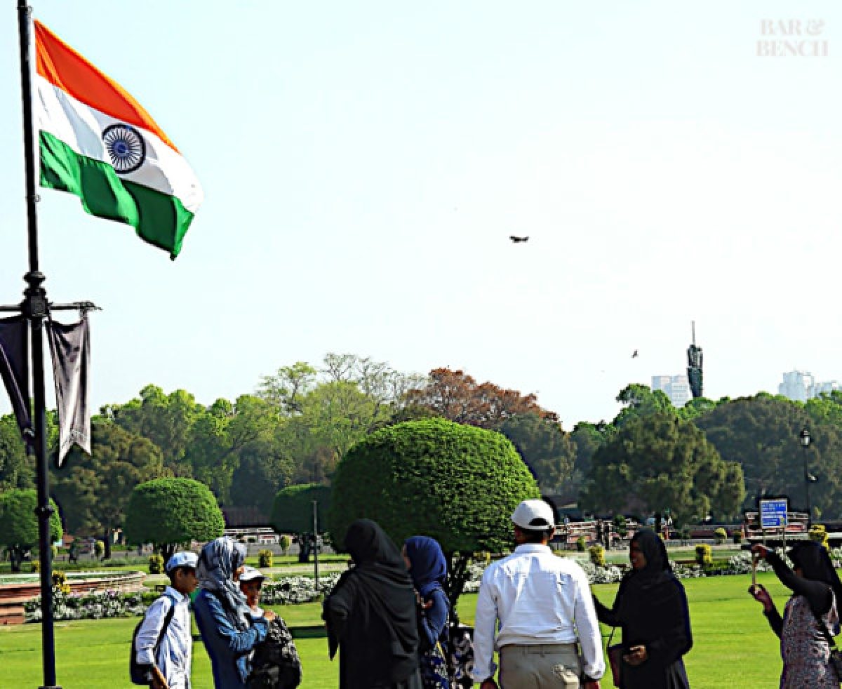 A Muslim family clicks pictures with the background of Rashtrapati Bhavan and the Parliament (File Photo)