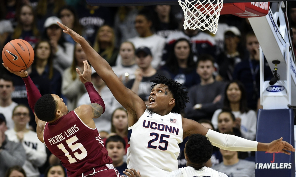 NCAAB picks from Kern include Connecticut vs Temple, Iowa State vs Iowa, Hofstra vs Drexel, Northeastern vs Delaware, and an NBA teaser