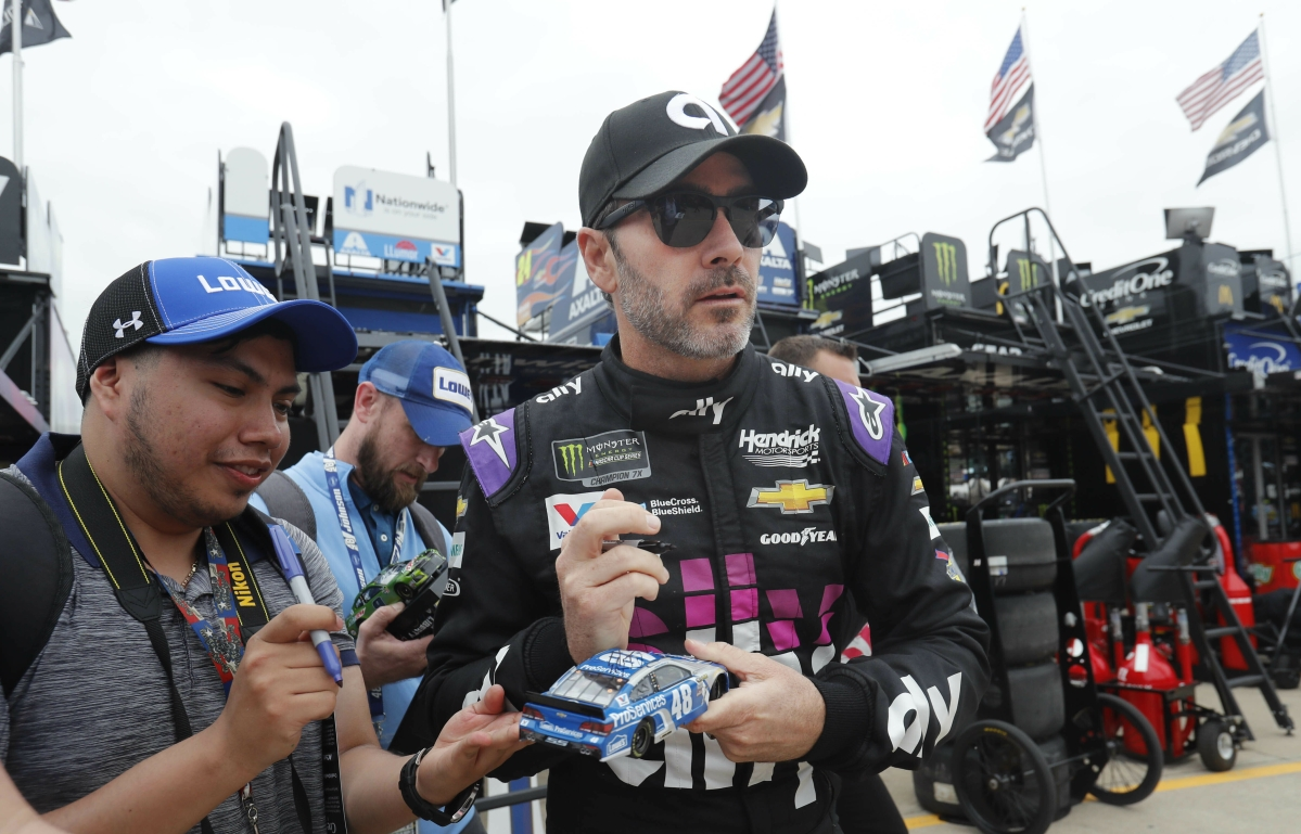 NASCAR: Eckel picks the Oh Oh Oh O'Reilly Auto Parts 500 - Jimmie Johnson has the pole