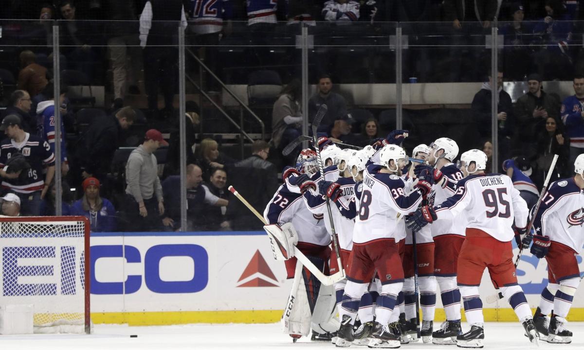 NHL Saturday: Blue Jackets among nine teams still battling for playoff seeding