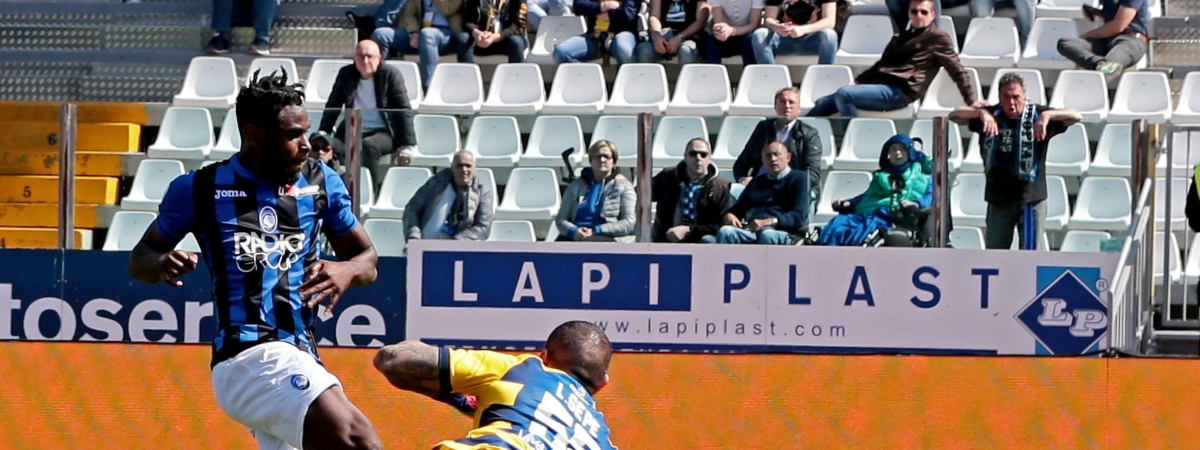 In this March 31, 2019 file photo, Atalanta's Duvan Zapata, left, scores during the Serie A soccer match between Atalanta and Parma.