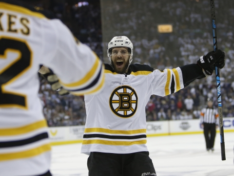 NHL Playoff Thursday: Dietel looks at game 1 of Hurricanes vs Bruins in Boston
