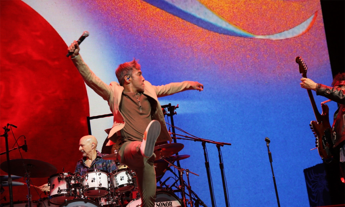Lovin', touchin', squeezing – and comin' to Atlantic City: Journey booked at Hard Rock