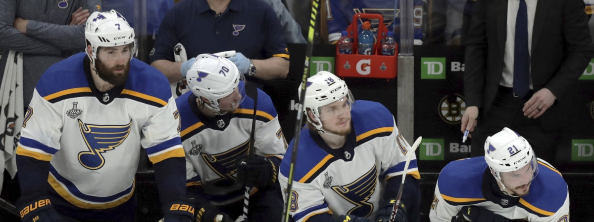 Players on the Blues bench react to a third-period emtpy net goal in Game 1 on May 27 (Charles Krupa)