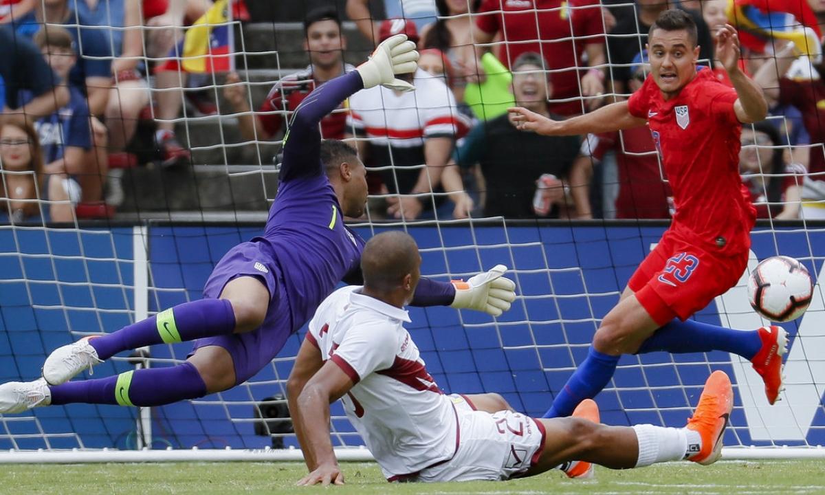 Soccer Thursday: Miller picks Belarus vs Estonia, Austria vs Israel, Belgium vs San Marino, Venezuela vs Bolivia, Russia vs Scotland, more