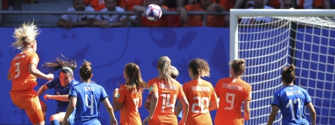 Stefanie Van Der Gragt (left) scores The Netherlands' second goal during the Women's World Cup quarterfinal against Italy on June 29 (Francisco Seco)