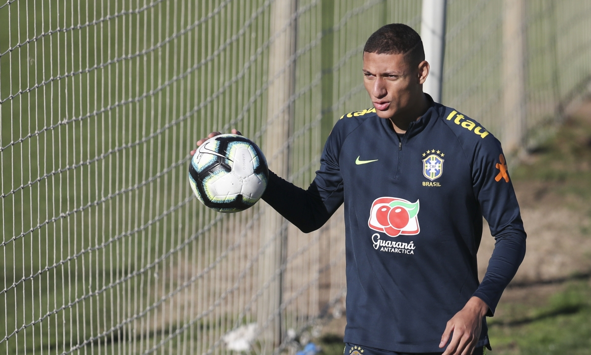 Recovering from mumps, Richarlison hopes to face Argentina Tuesday in Copa America semis