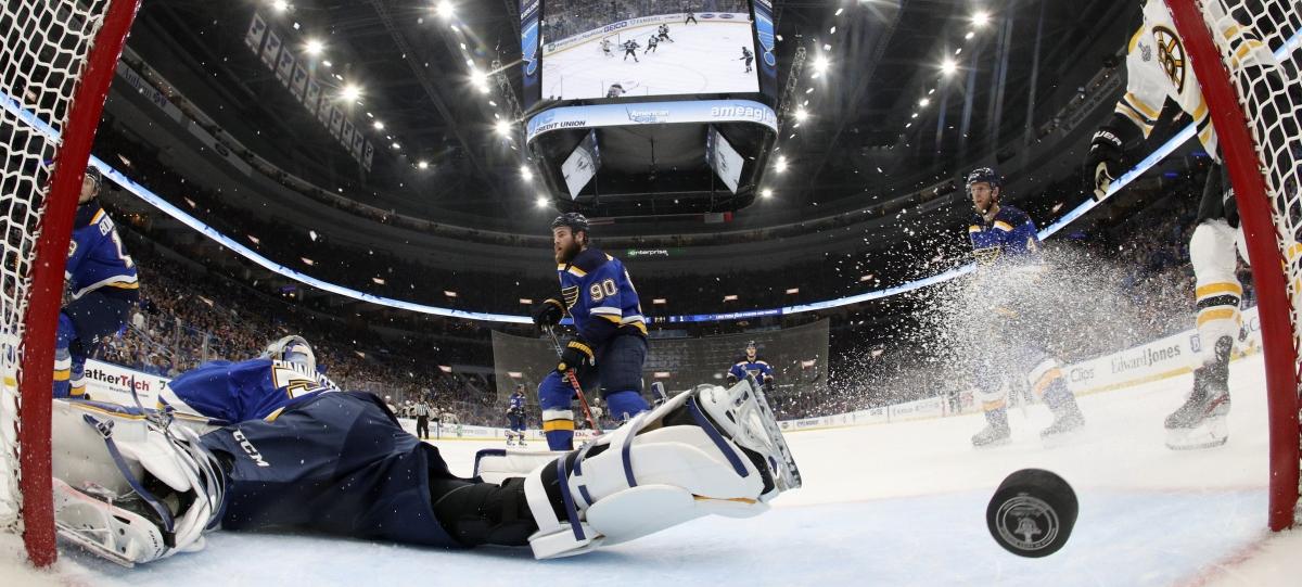 NHL Monday: Dietel on Game 4 of Bruins v Blues, Jordan Binnington