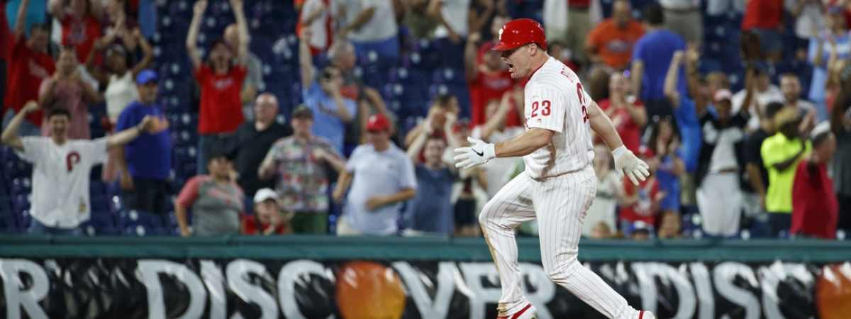 Phillies' Jay Bruce celebrates after driving in the winning run with a double in the 10th inning on June 26 (Matt Slocum)