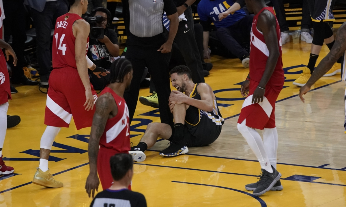 Klay Thompson sustains torn ACL in Warriors loss