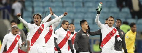 Peru's players celebrates beating Chile at the end of a Copa America semifinal soccer match at the Arena do Gremio in Porto Alegre, Brazil, Wednesday, July 3, 2019. Peru defeated Chile 3-0 and qualified to the final.