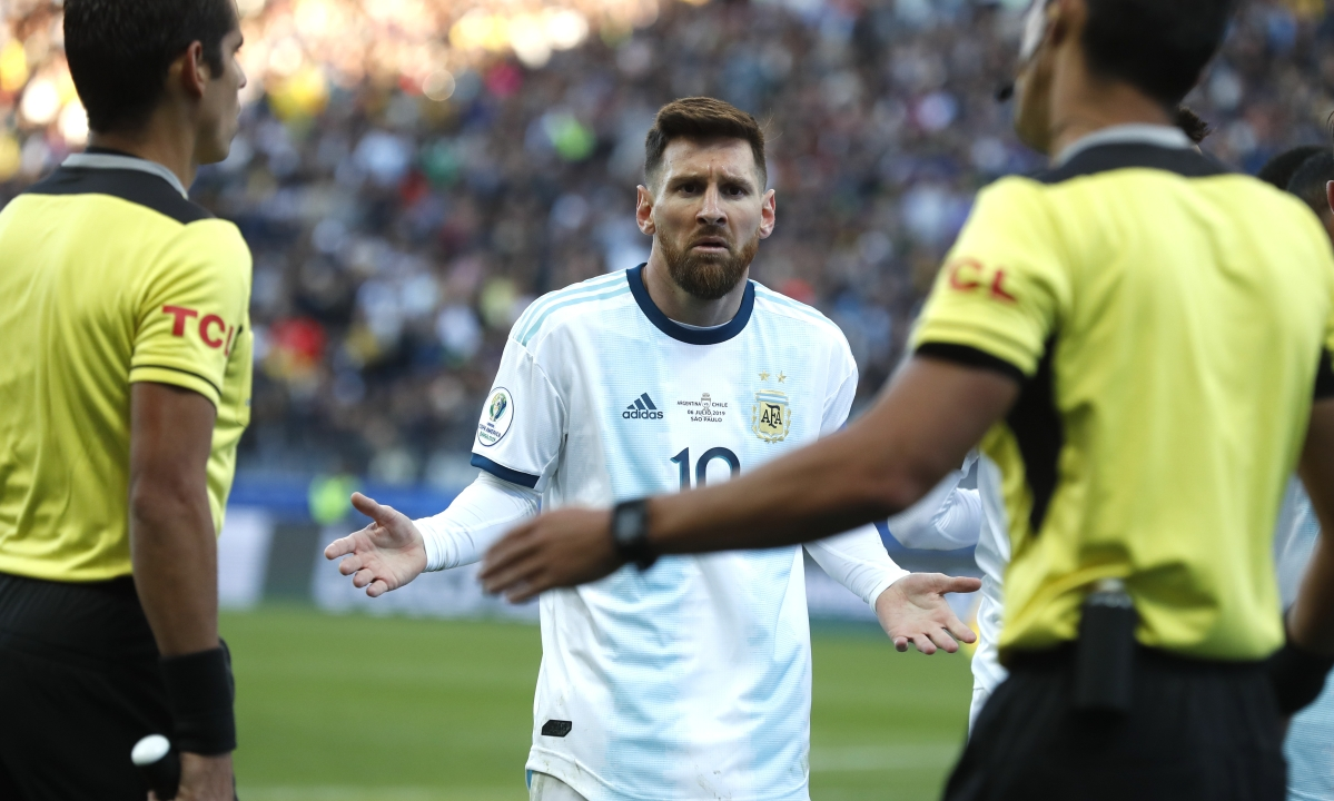 Messi sent off as Argentina defeats Chile 2-1 to claim 3rd place at Copa America