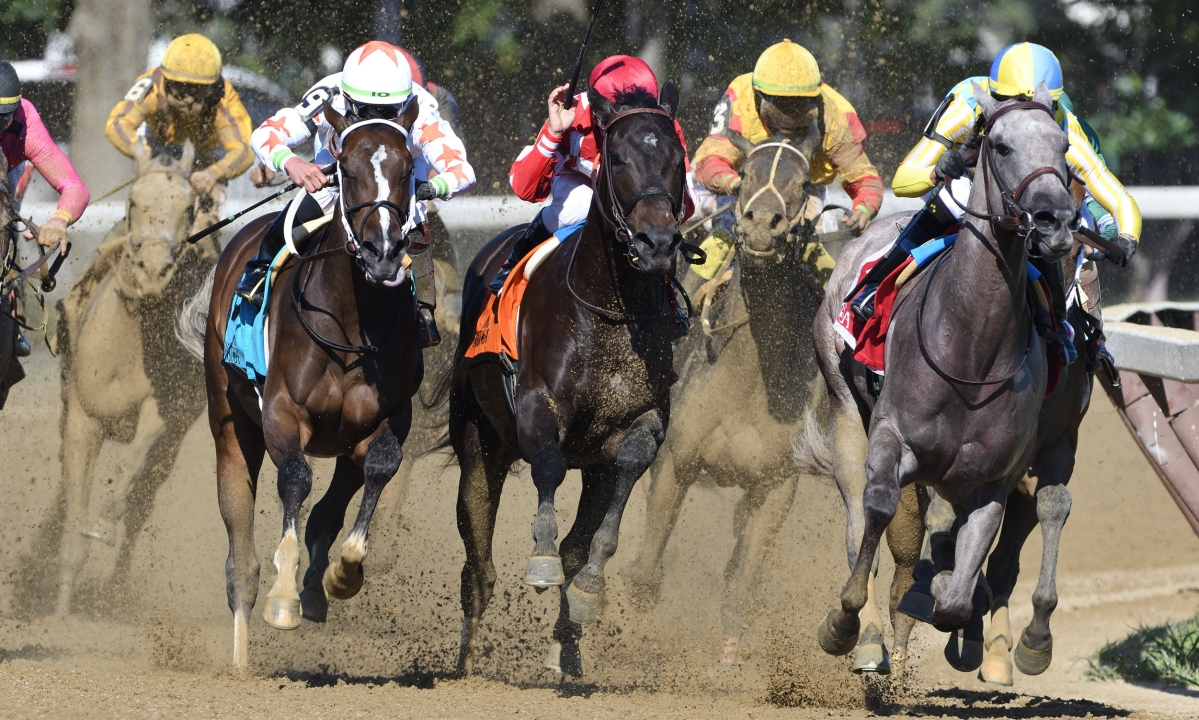 Thoroughbred Thursday: Garrity picks winners at Saratoga, Arlington Park, and Del Mar