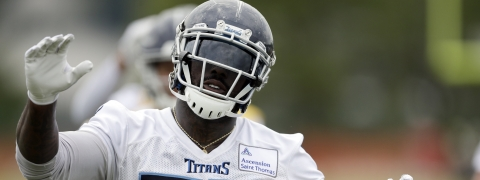 Tight end Delanie Walker (shown during a May 30 OTA), and his Tennessee Titans will be the Eagles preseason opening opponent Thursday (Mark Humphrey)