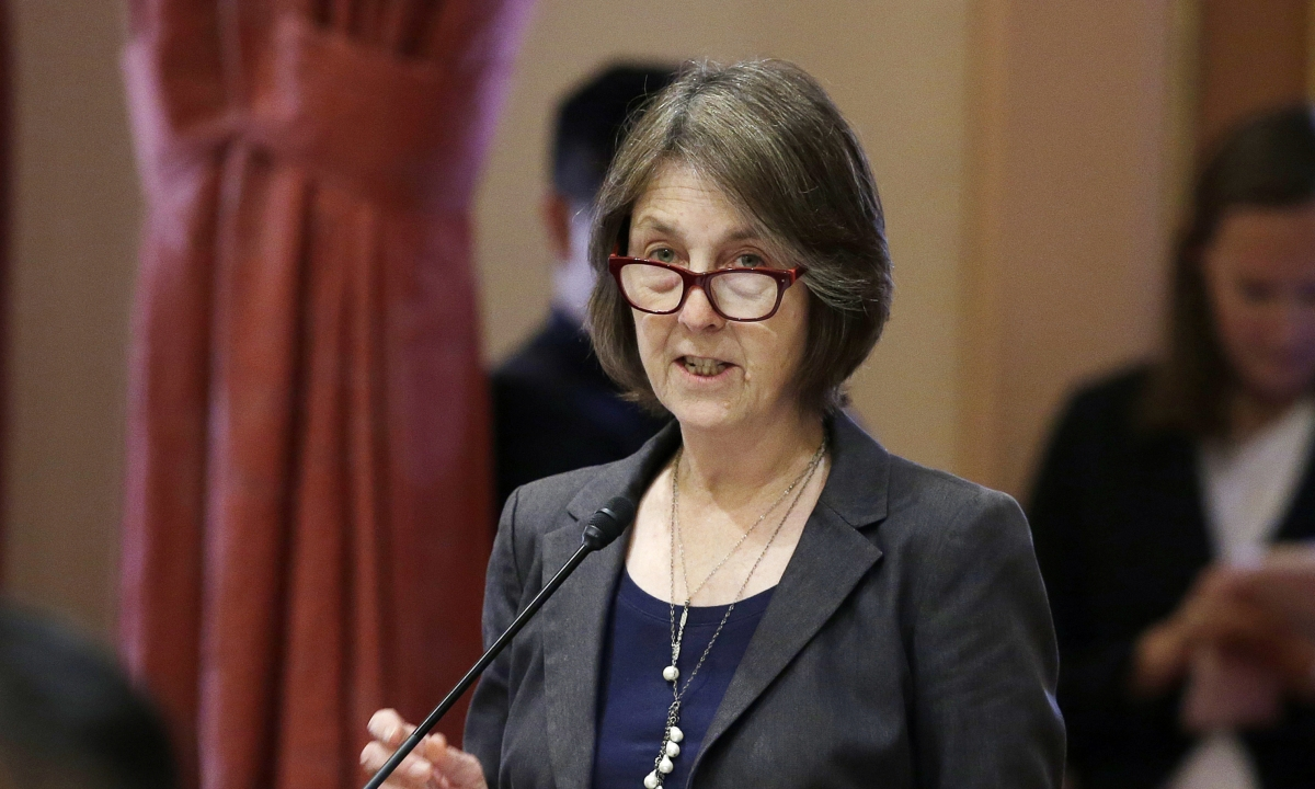 California Assembly votes 66-0 to let college athletes make money, setting up confrontation with the NCAA if California Senate passes