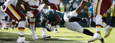 This Darren Sproles two-point conversion was the only scoring Eagles running backs did in Week 1, so they are due for a touchdown or two among them (Matt Rourke)