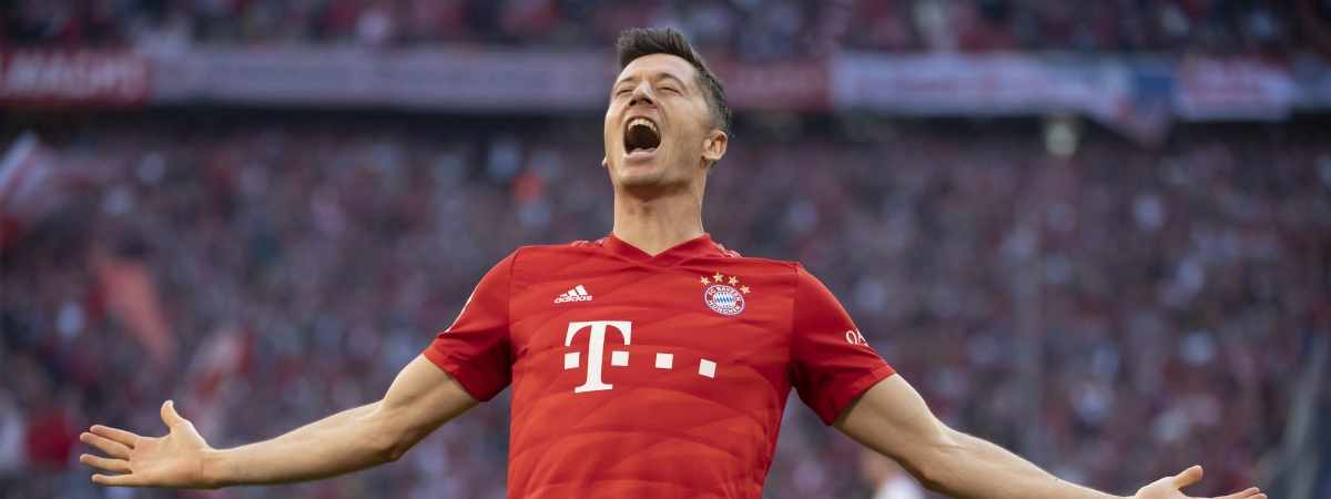 Munich's Robert Lewandowski celebrates after scoring his side second goal during the German Bundesliga soccer match between FC Bayern Munich and 1. FC Union Berlin in Munich, Saturday, Oct. 26, 2019.