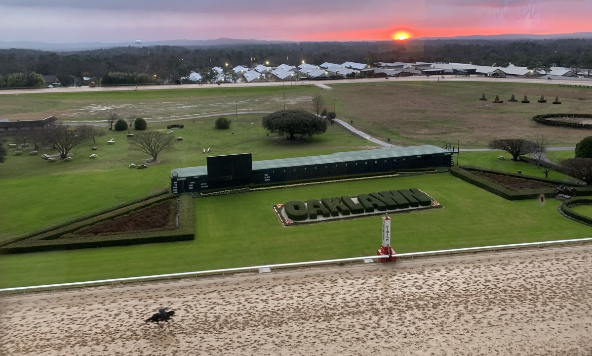 Horse Racing Monday: Garrity picks special President's Day holiday cards at Oaklawn Park, and throws in a bonus at Aqueduct