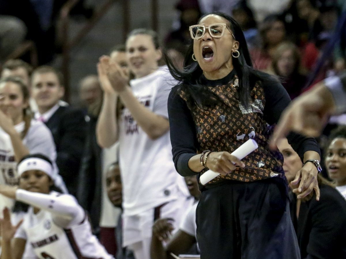 South Carolina's Dawn Staley, the former coach at Temple, is AP women's coach of the year