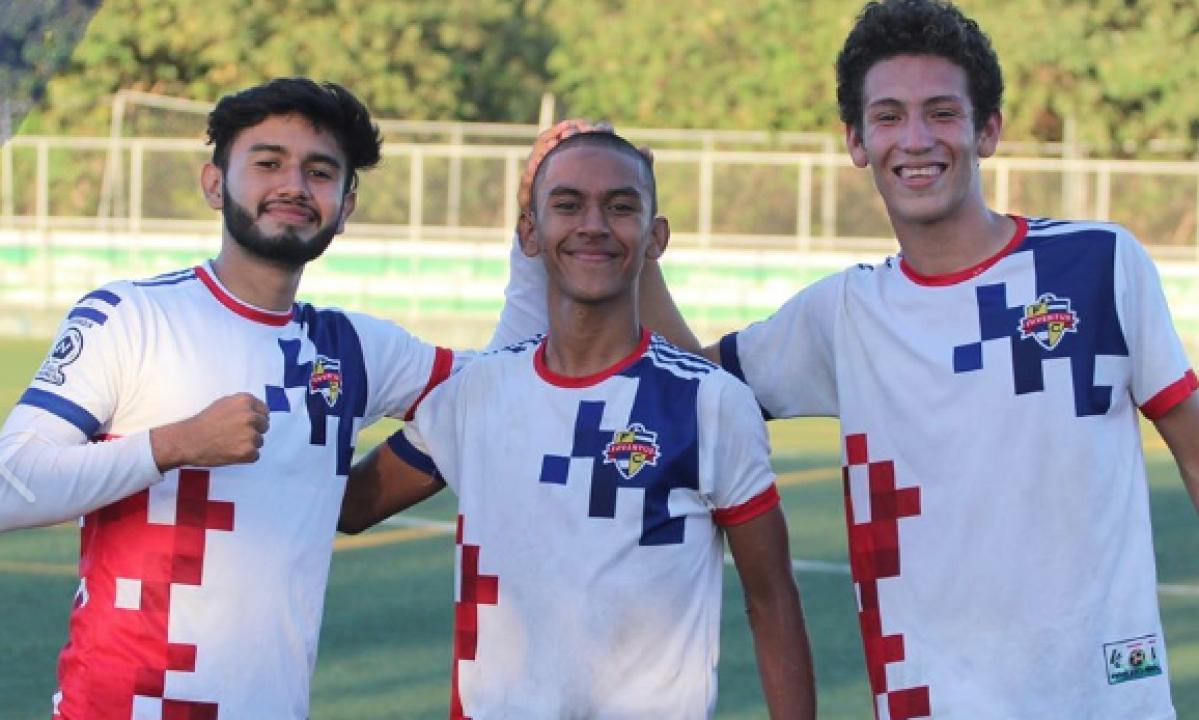 Juventus FC Managua players.