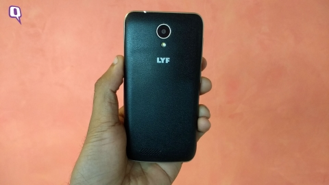 Reliance Lyf Flame 6 phone. (Photo: <b>The Quint</b>)