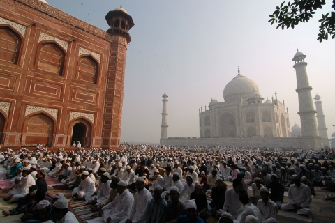 Muslims offer prayers during Eid al-Adha at the Taj Mahal in Agra. (Photo: Reuters)