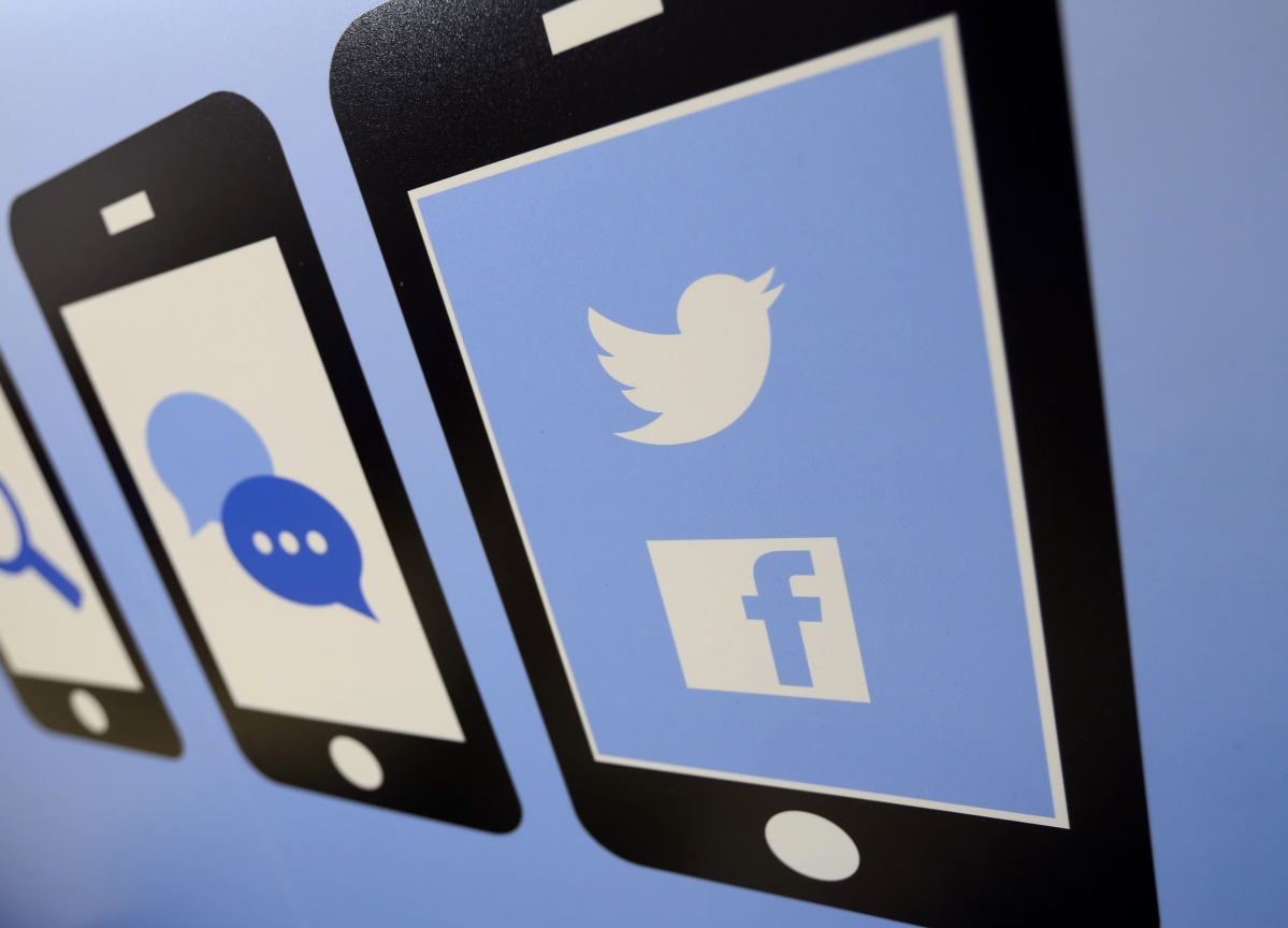 Google, Facebook and Twitter Agree to Fight Fake News in the EU