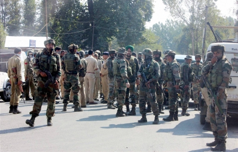 Army uints cordon off the area where militants attacked on a CRPF Party at Wanpoh National Highway in Kulgam district of south Kashmir. (Source: PTI)