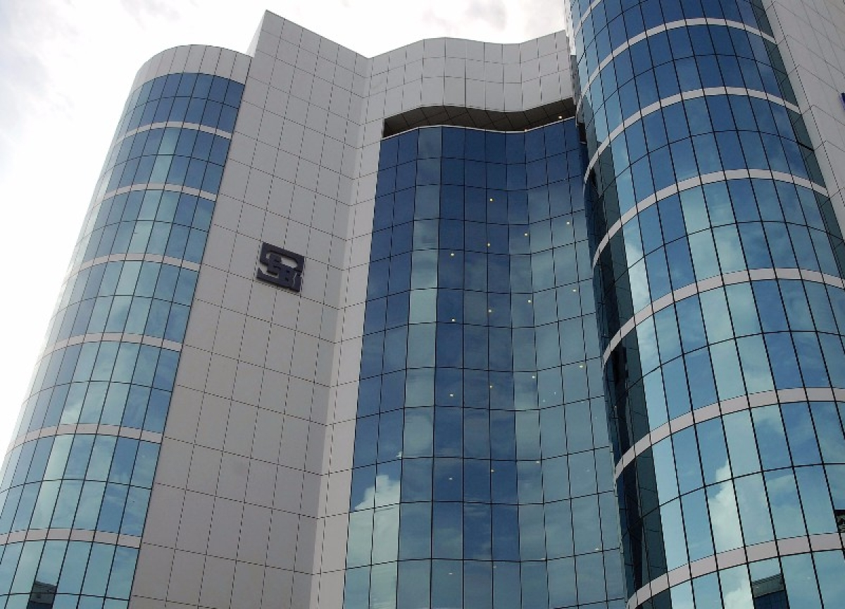 SEBI Allows Non-Bank Custodians To Manage Gold, Related Instruments