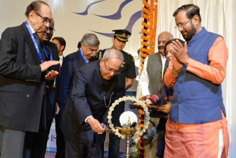 President Pranab Mukherjee lights the lamp at the 15th anniversary of the Indian Business School, Mohali (Source: Twitter/@RashtrapatiBhvn)