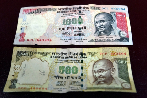 Rs 500 and Rs 1,000 notes were discontinued from 8 November as a step to curb black money. (Photo: PTI)
