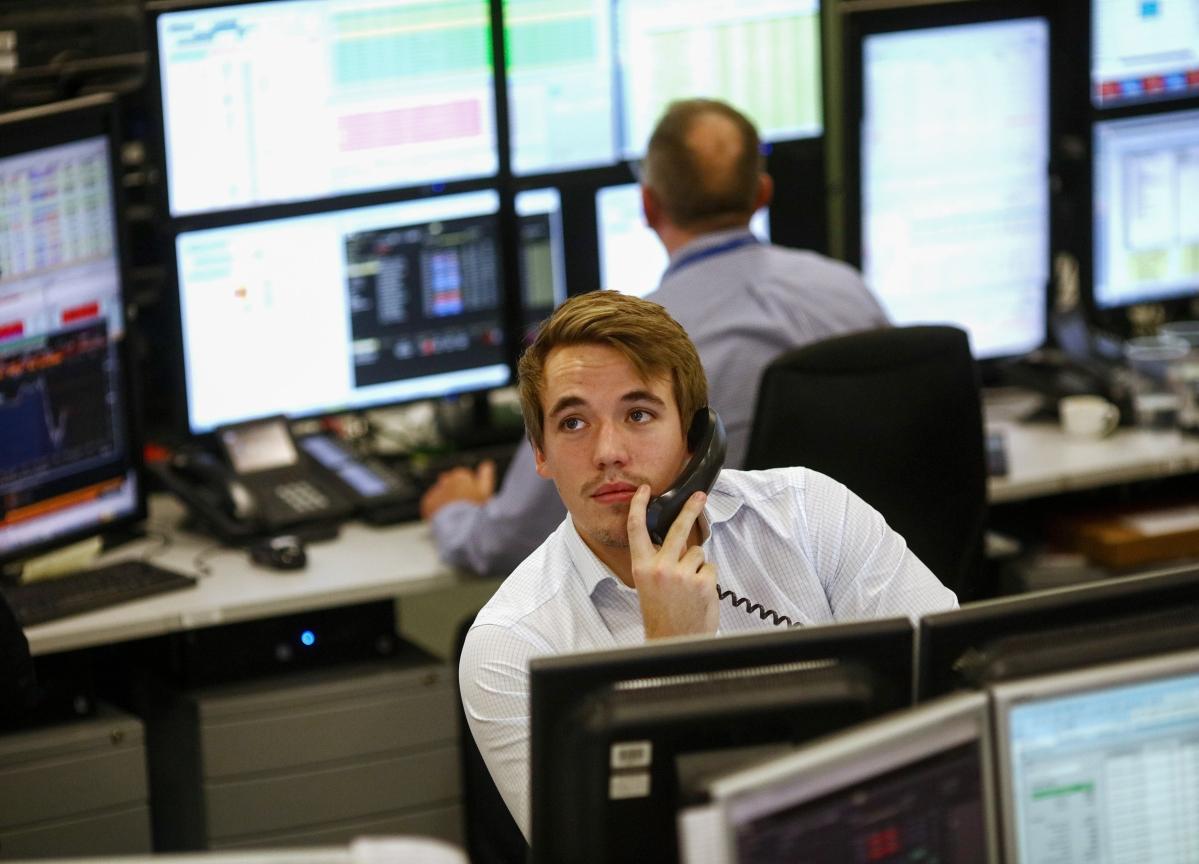 Stocks To Watch: Bandhan Bank, HDFC, Mindtree, RCom