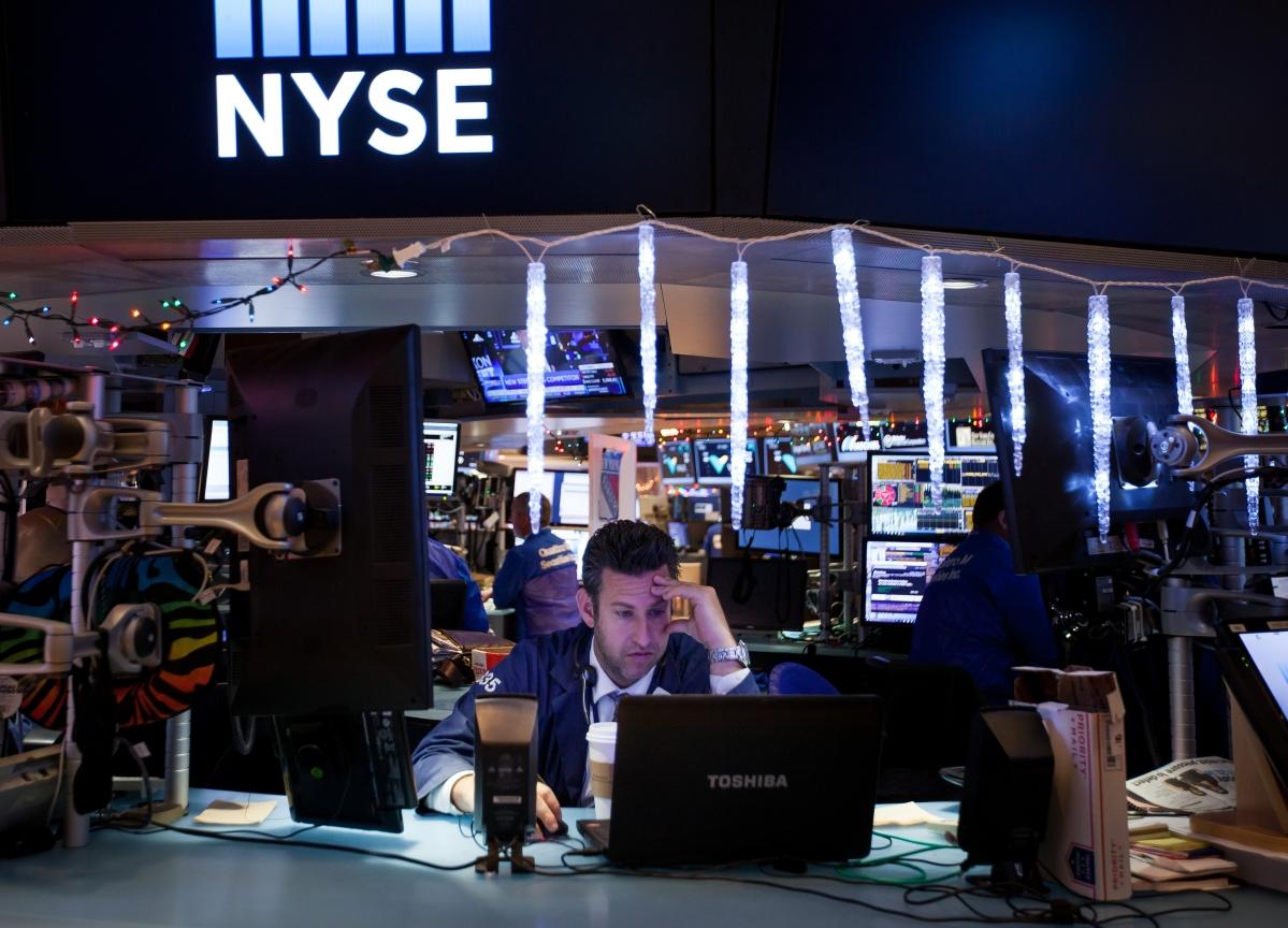 Stocks Post Third Straight Gain With Stimulus Near: Markets Wrap