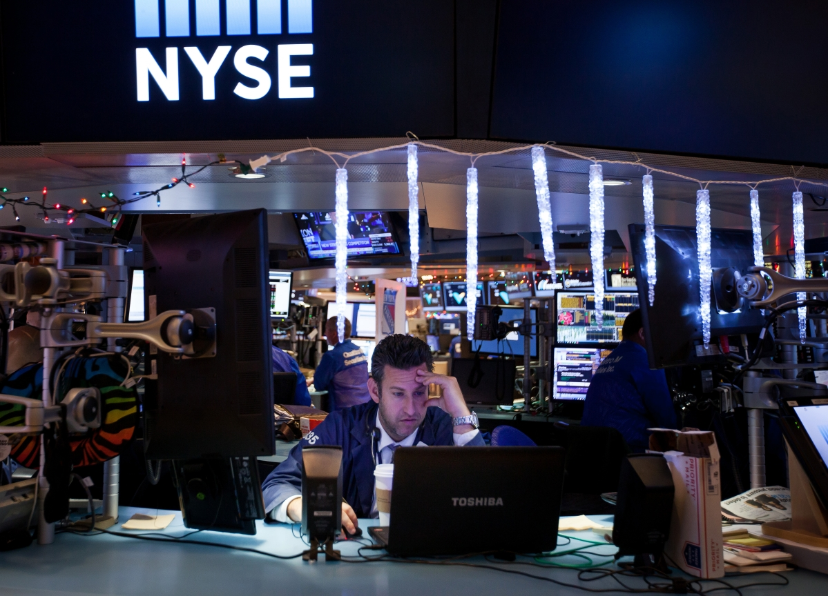 Stocks Surge Most Since 2008 on Vows for Stimulus: Markets Wrap