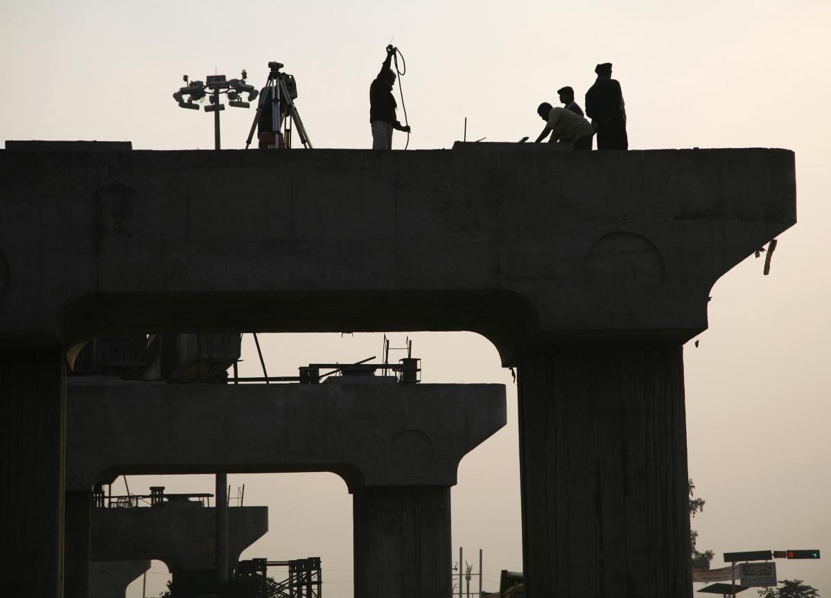 Despite Gadkari's Tall Claims, Road Construction Is Way Behind Target