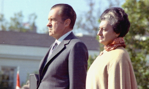 Prime Minister Indira Gandhi and United States President Richard Nixon at the White House arrival ceremony in Washington DC on November 4, 1971. (Image: U.S. National Archives and Records Administration / Wikimedia Commons)