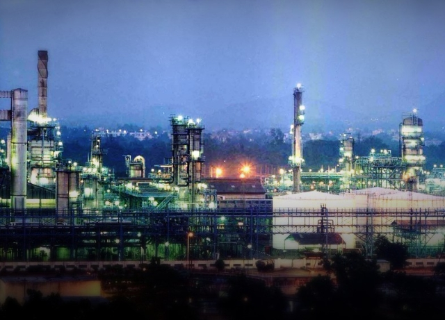 Reliance Industries Q3 Results: RIL Net Profit Rises 0 8