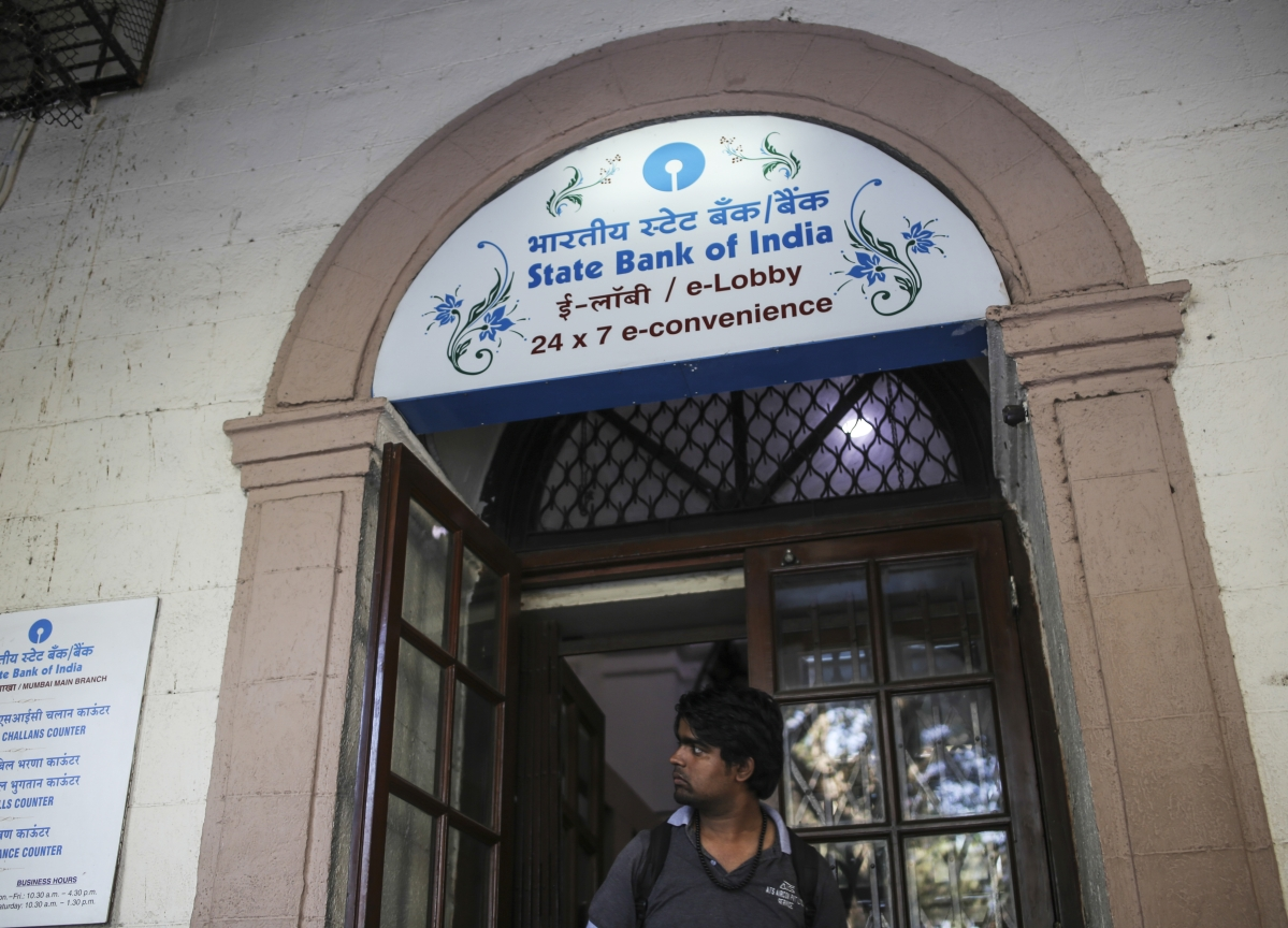 SBI To Move RBI To Offer Fixed-Floating Rate Home Loans, Says Chairman