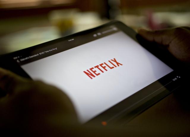 Netflix Is Buffering: Earnings Plunge Tests Tech Bulls' Nerves