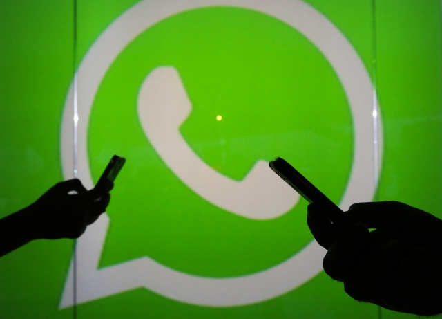 whatsapp outage leaves new year greetings in limbo